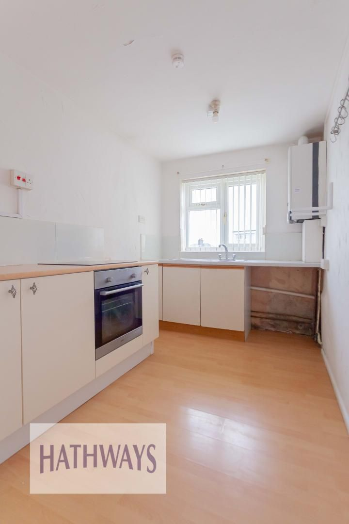 2 bed flat for sale in Kemys Fawr Close  - Property Image 8
