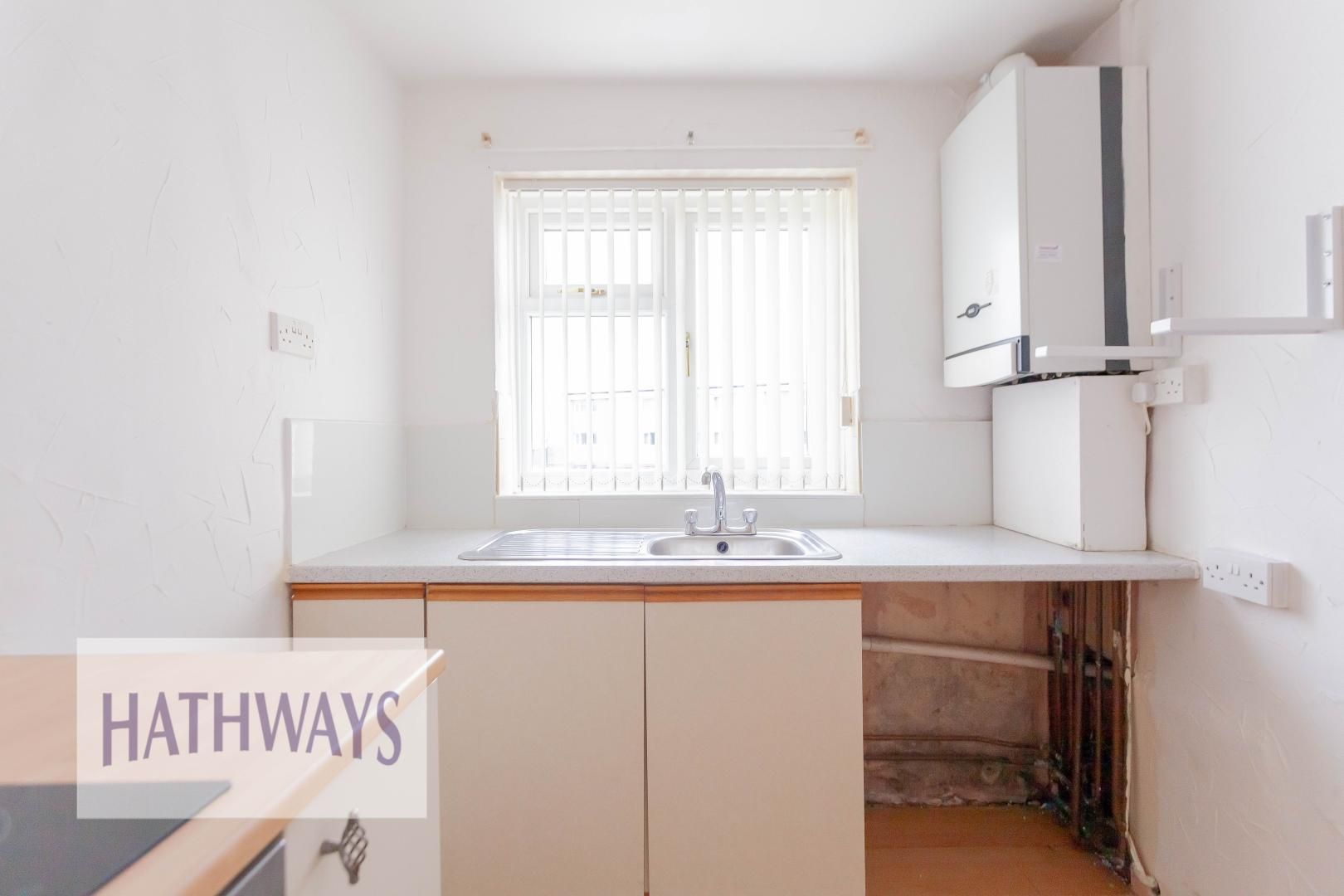 2 bed flat for sale in Kemys Fawr Close  - Property Image 10