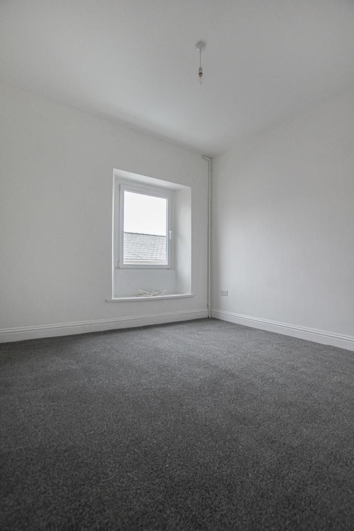 2 bed house to rent in Upper Bridge Street 16