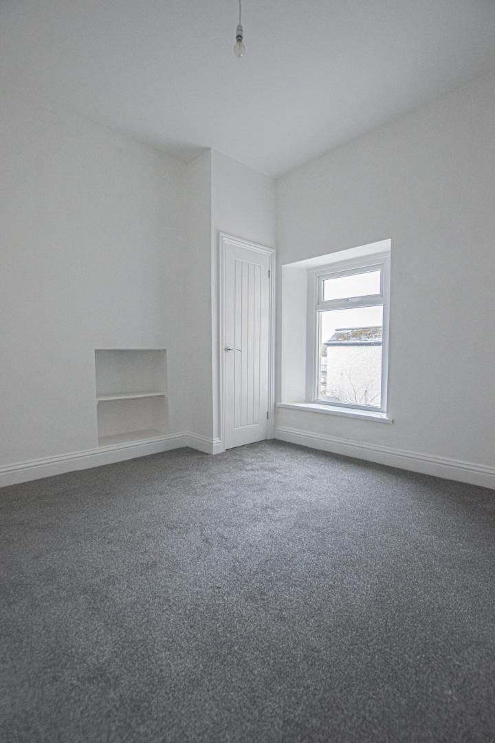 2 bed house to rent in Upper Bridge Street 19
