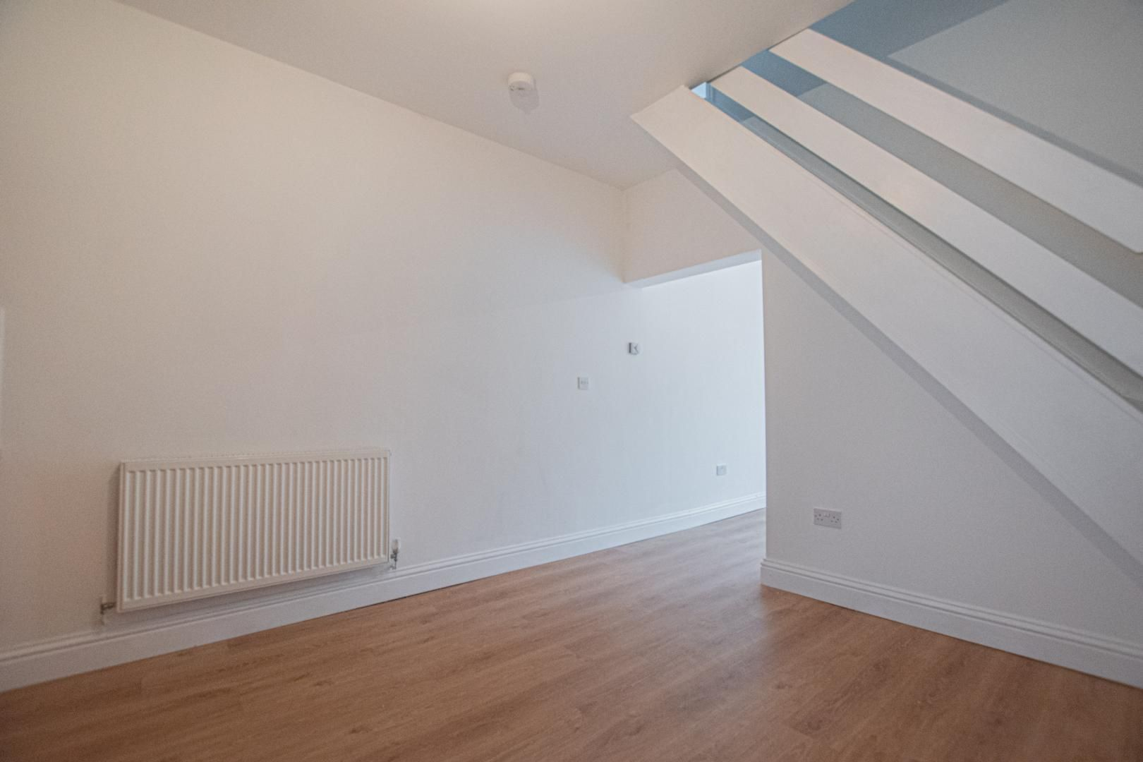 2 bed house to rent in Upper Bridge Street 3