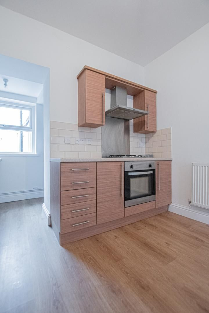 2 bed house to rent in Upper Bridge Street  - Property Image 5