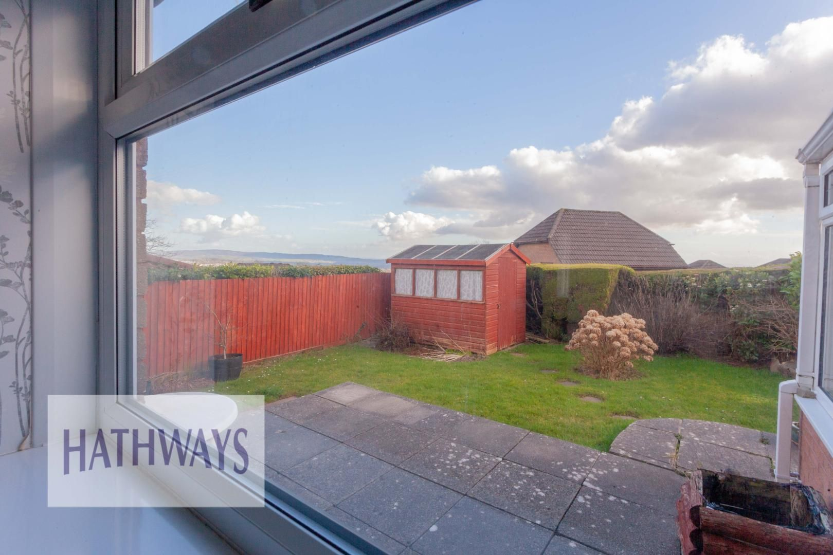 2 bed bungalow for sale in Daffodil Court 11