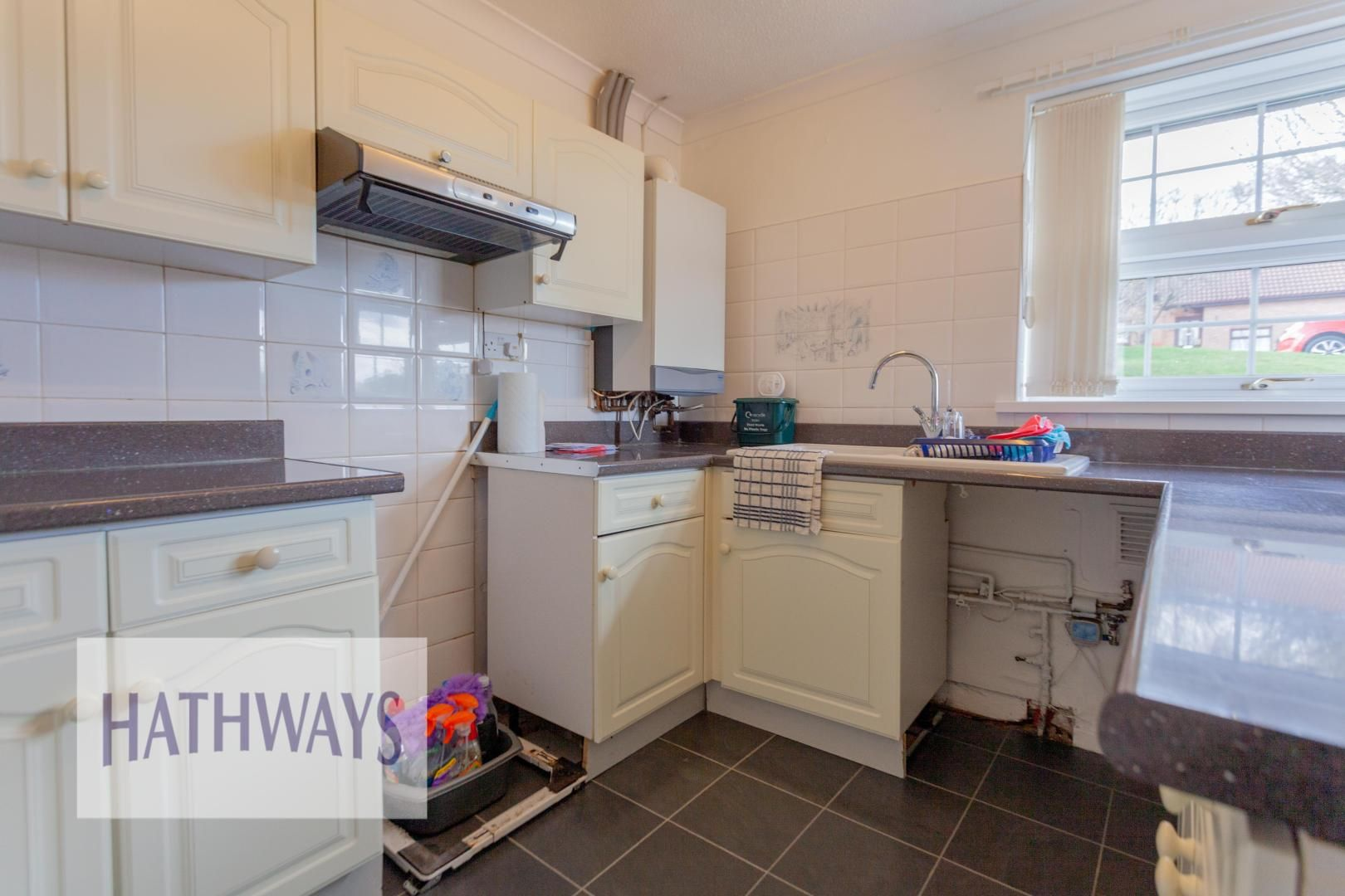 2 bed bungalow for sale in Daffodil Court 12