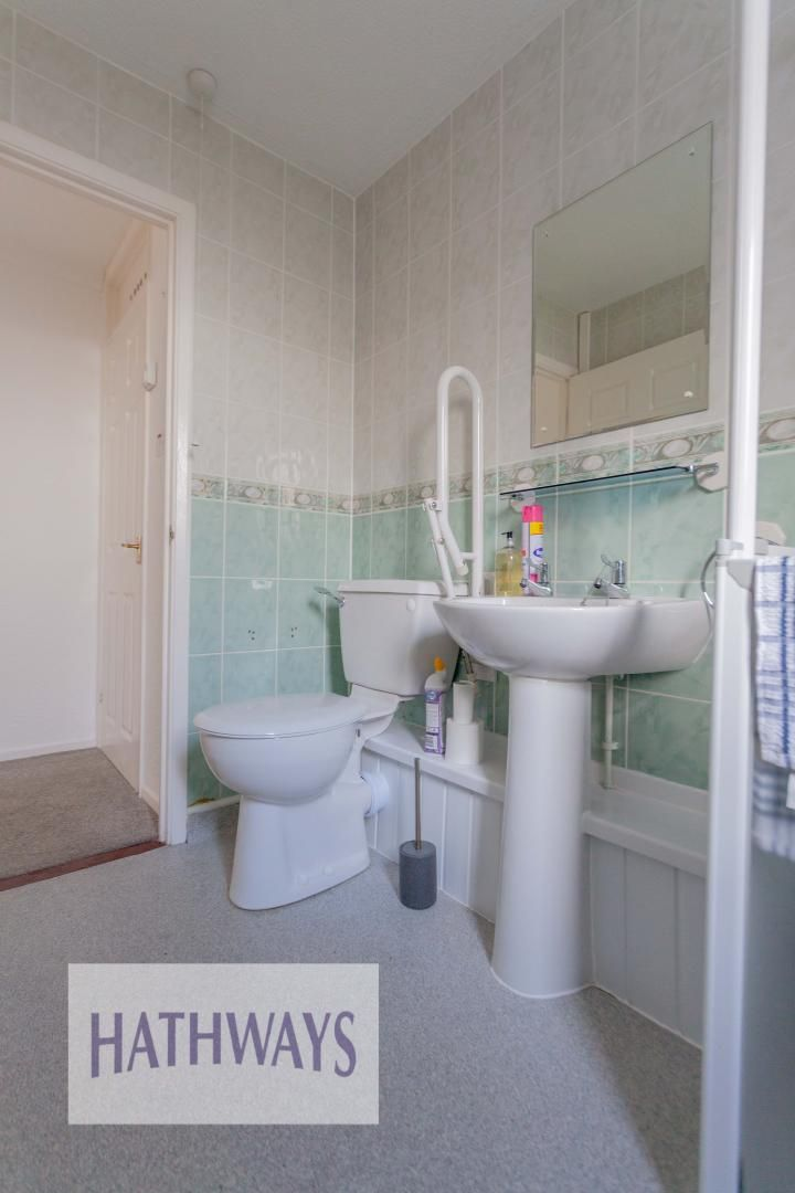 2 bed bungalow for sale in Daffodil Court 29