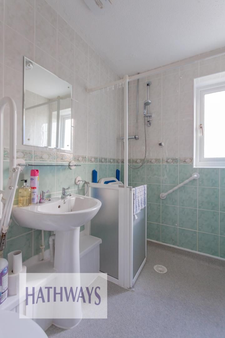 2 bed bungalow for sale in Daffodil Court 30