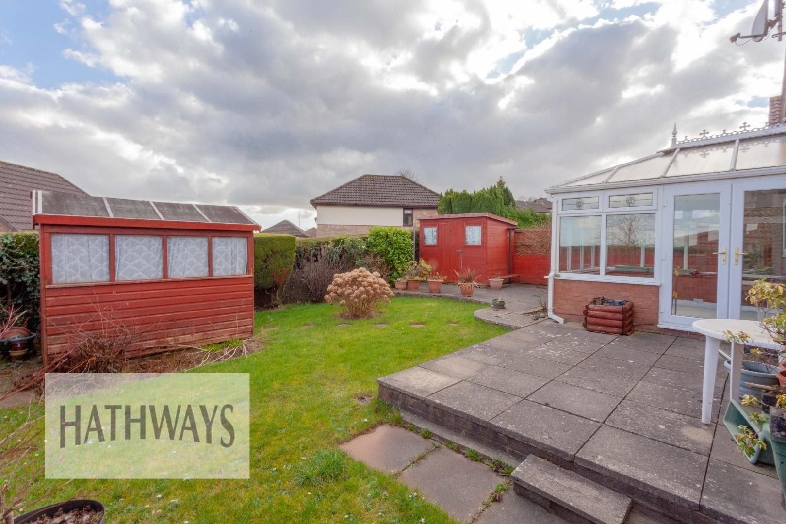 2 bed bungalow for sale in Daffodil Court 33