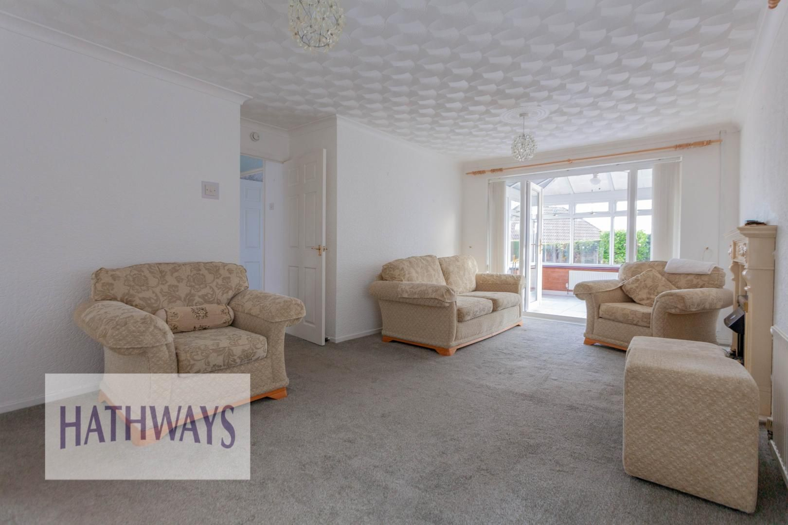 2 bed bungalow for sale in Daffodil Court 5