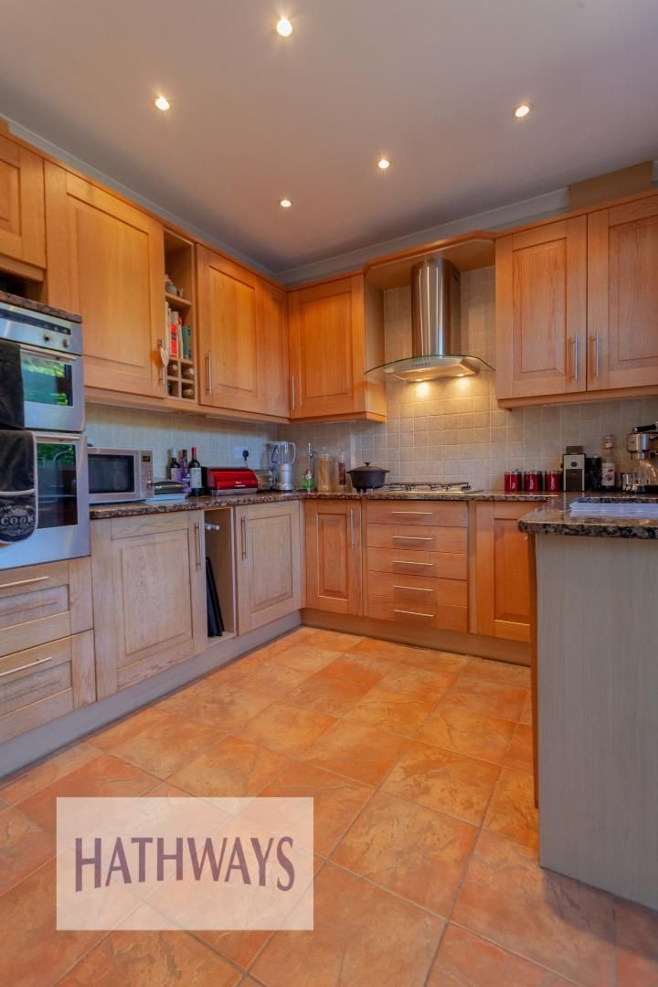 3 bed house for sale in Parc Avenue 15