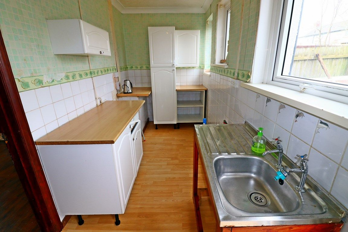 2 bed house for sale in Jackson Road 4