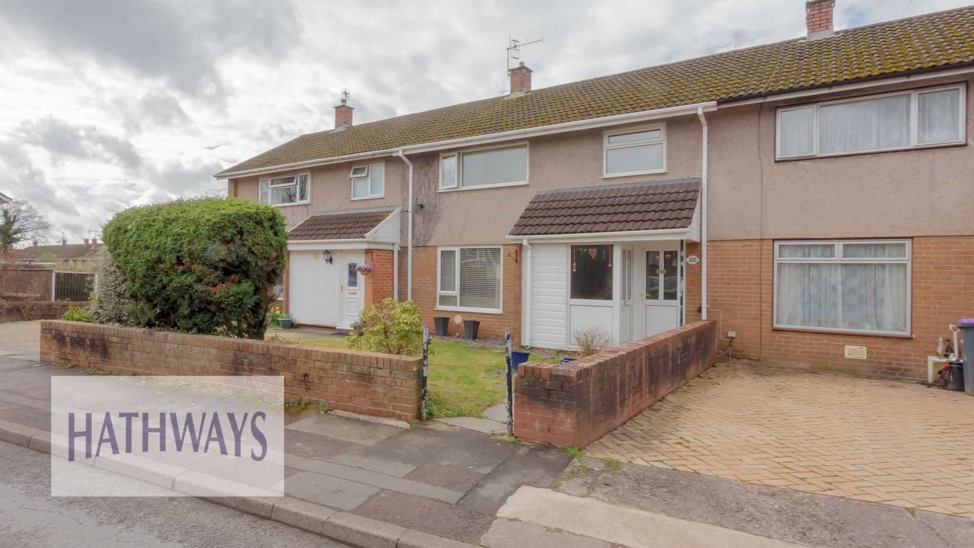3 bed house for sale in Liswerry Drive, NP44