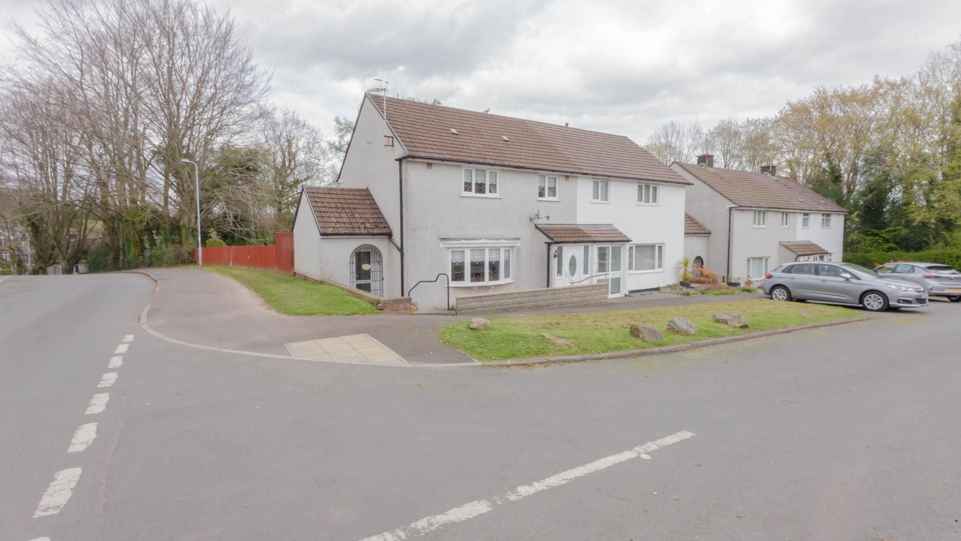 3 bed  for sale in Tynewydd North Close, NP44
