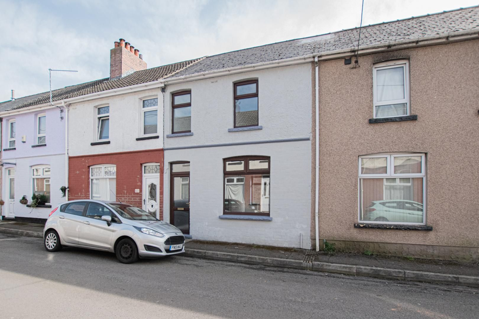 3 bed house to rent in Rectory Road 1