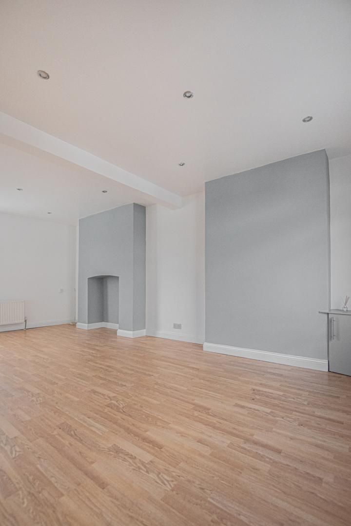 3 bed house to rent in Rectory Road 14