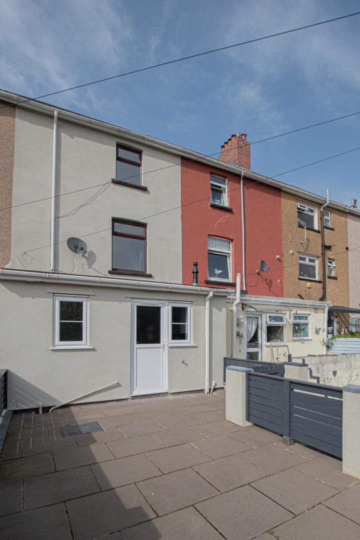 3 bed house to rent in Rectory Road 30