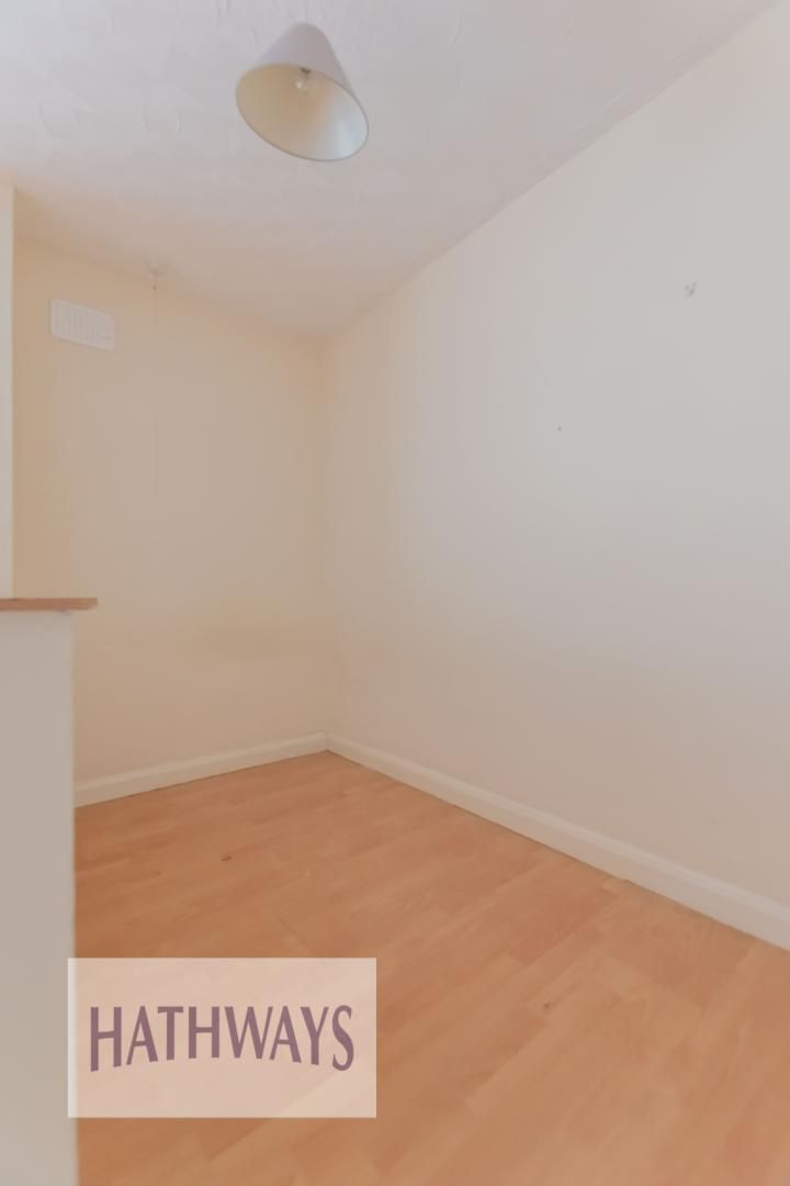 Flat for sale 10