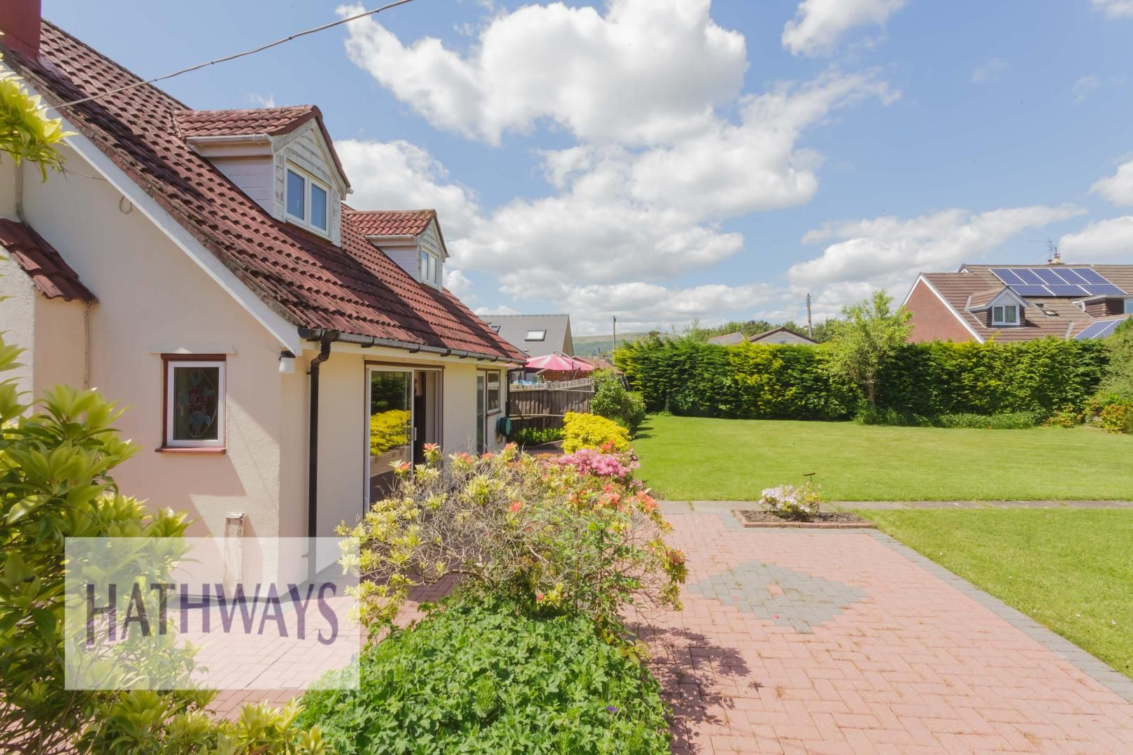 3 bed bungalow for sale in Ashford Close 49
