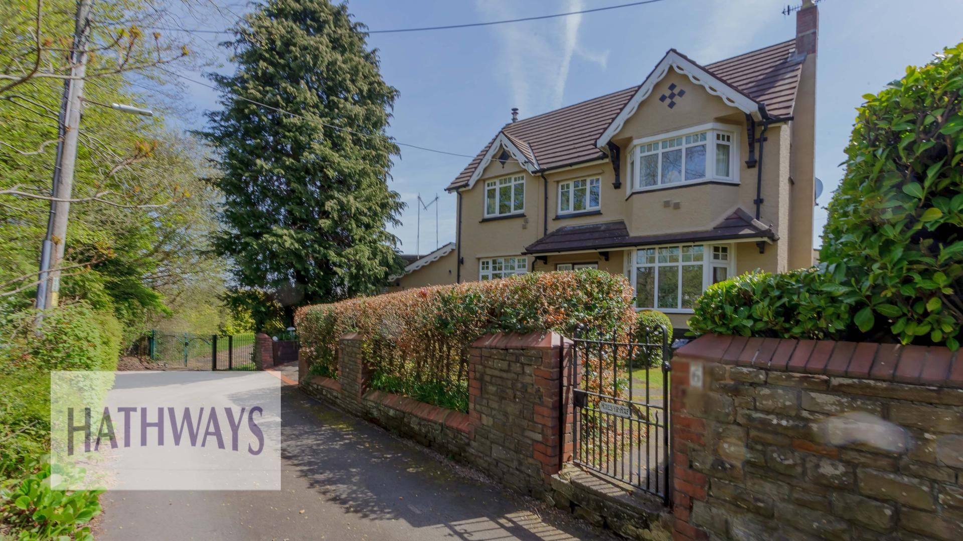 4 bed house for sale in The Avenue - Property Image 1