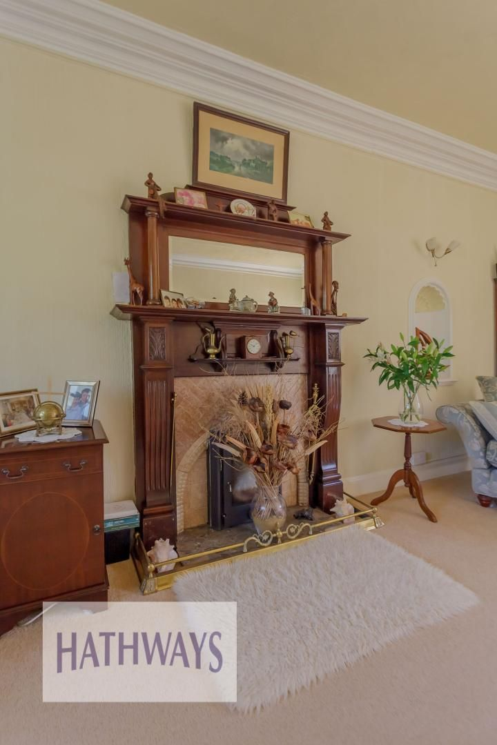 4 bed house for sale in The Avenue 16