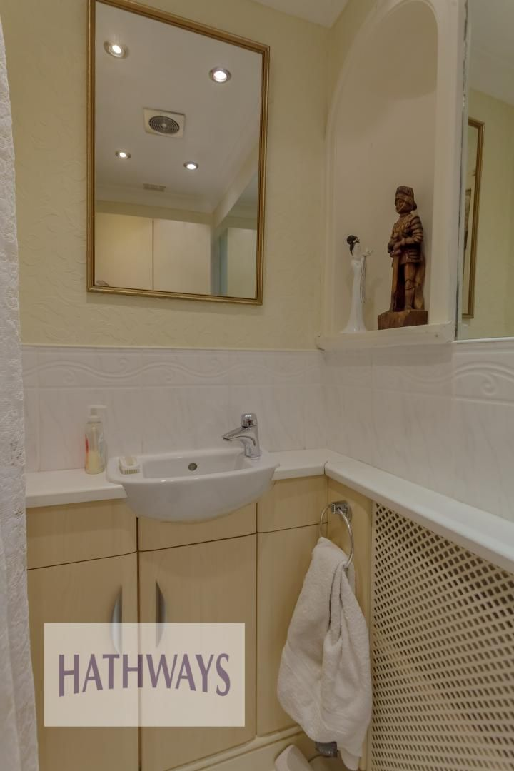 4 bed house for sale in The Avenue  - Property Image 27