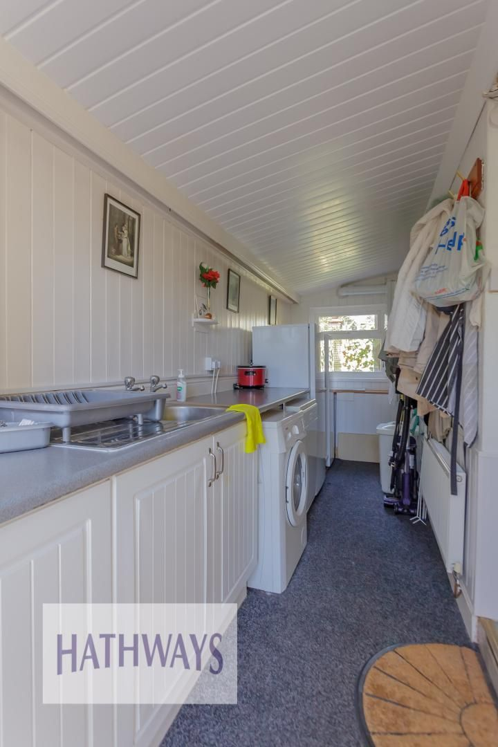 4 bed house for sale in The Avenue  - Property Image 28