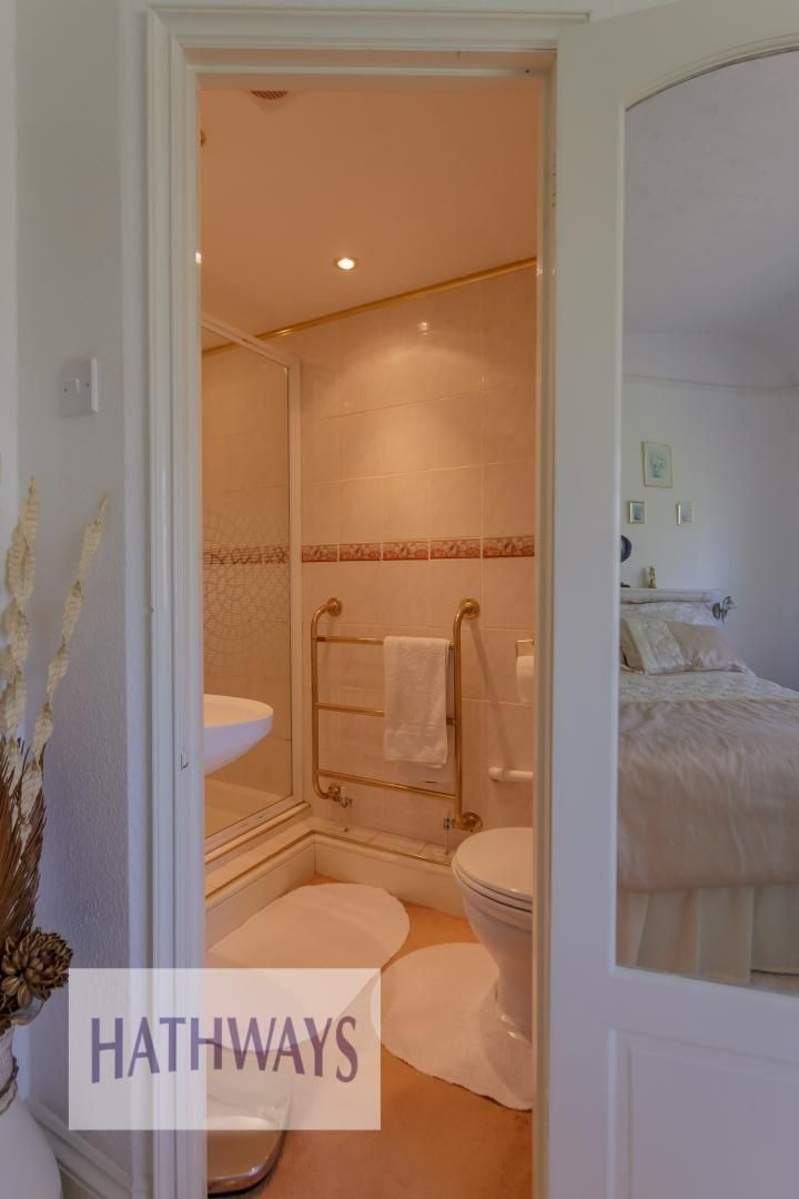 4 bed house for sale in The Avenue  - Property Image 34
