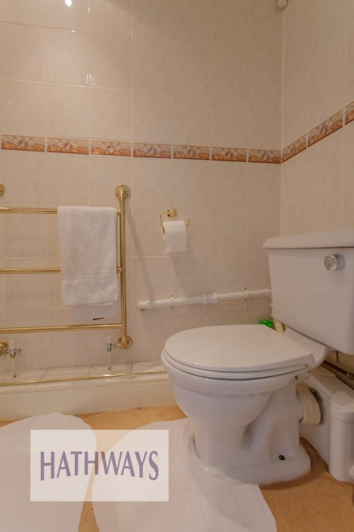 4 bed house for sale in The Avenue  - Property Image 36