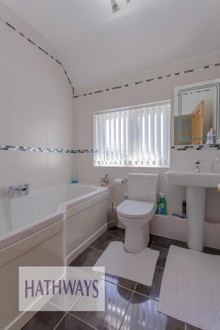4 bed house for sale in The Avenue  - Property Image 49