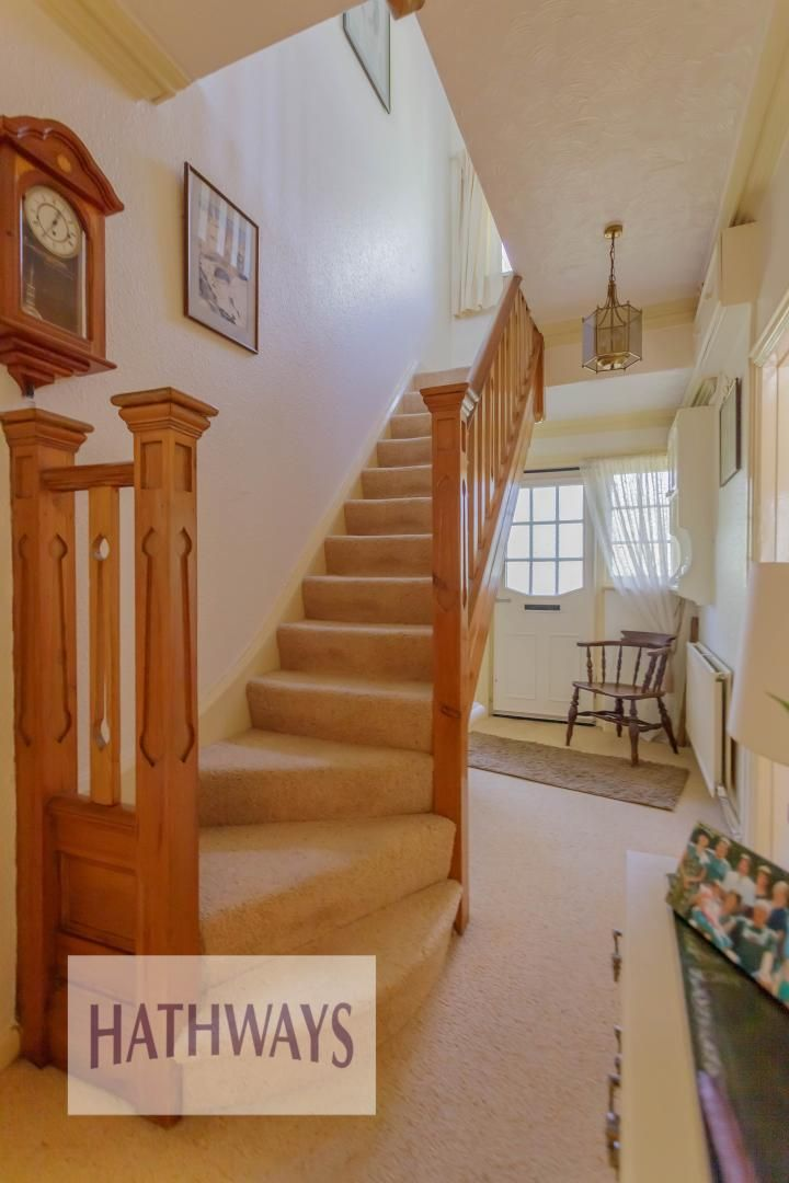4 bed house for sale in The Avenue 7