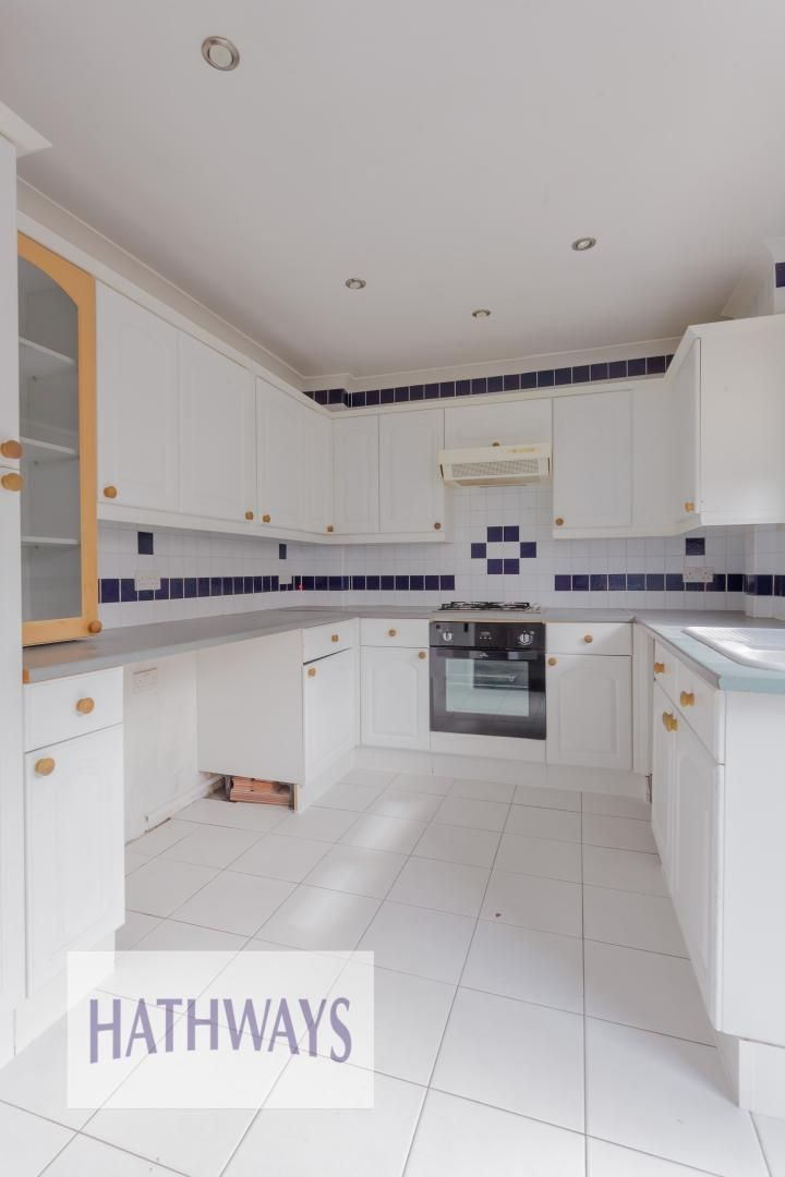 3 bed house for sale in Oaksford  - Property Image 13
