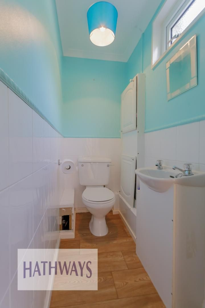 3 bed house for sale in Oaksford  - Property Image 19