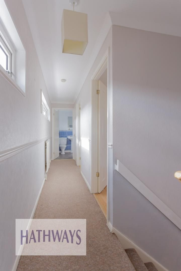 3 bed house for sale in Oaksford 20