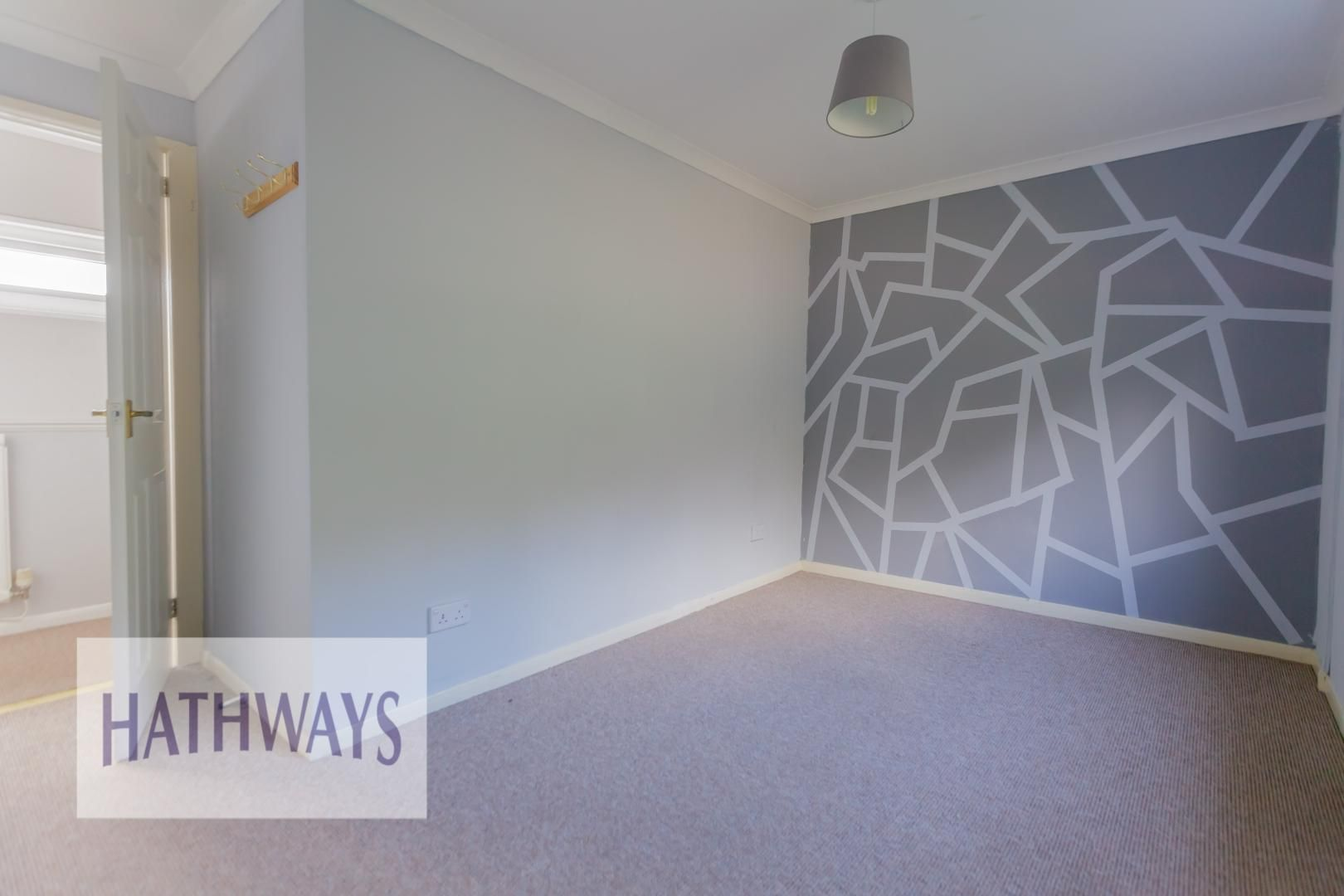 3 bed house for sale in Oaksford 25