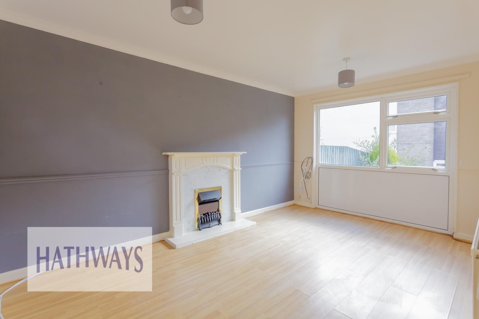 3 bed house for sale in Oaksford  - Property Image 4