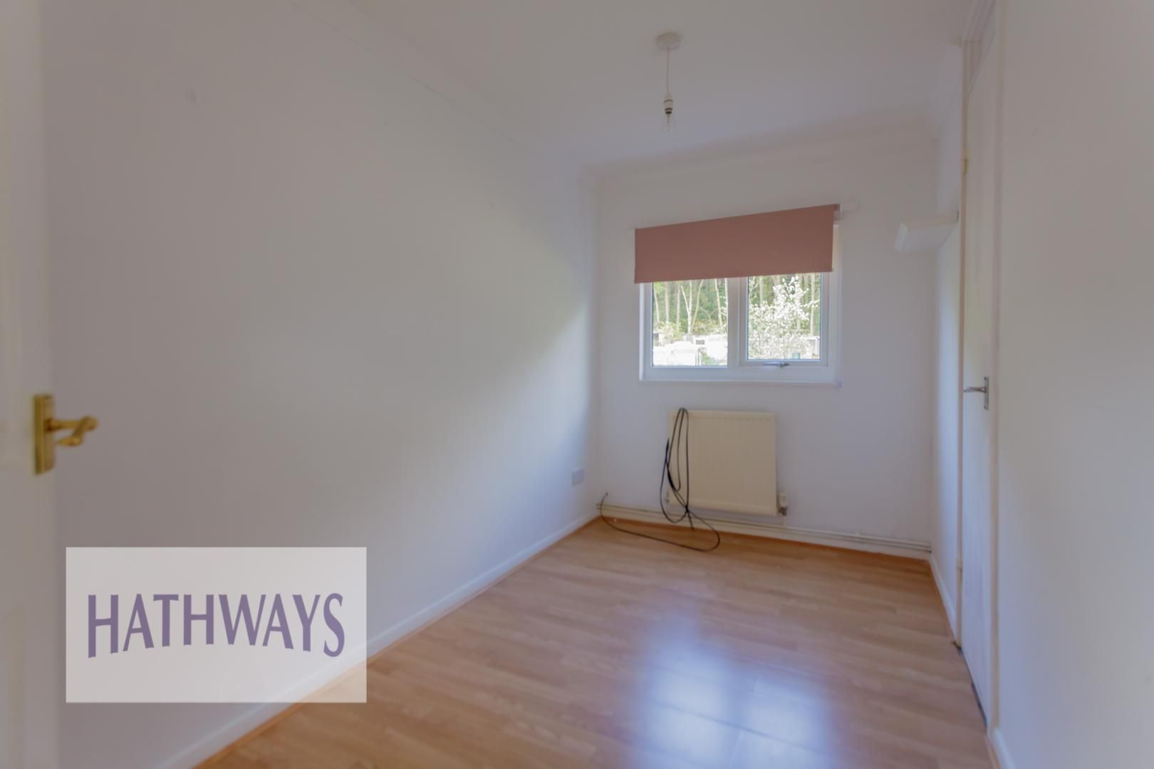 3 bed house for sale in Oaksford 31