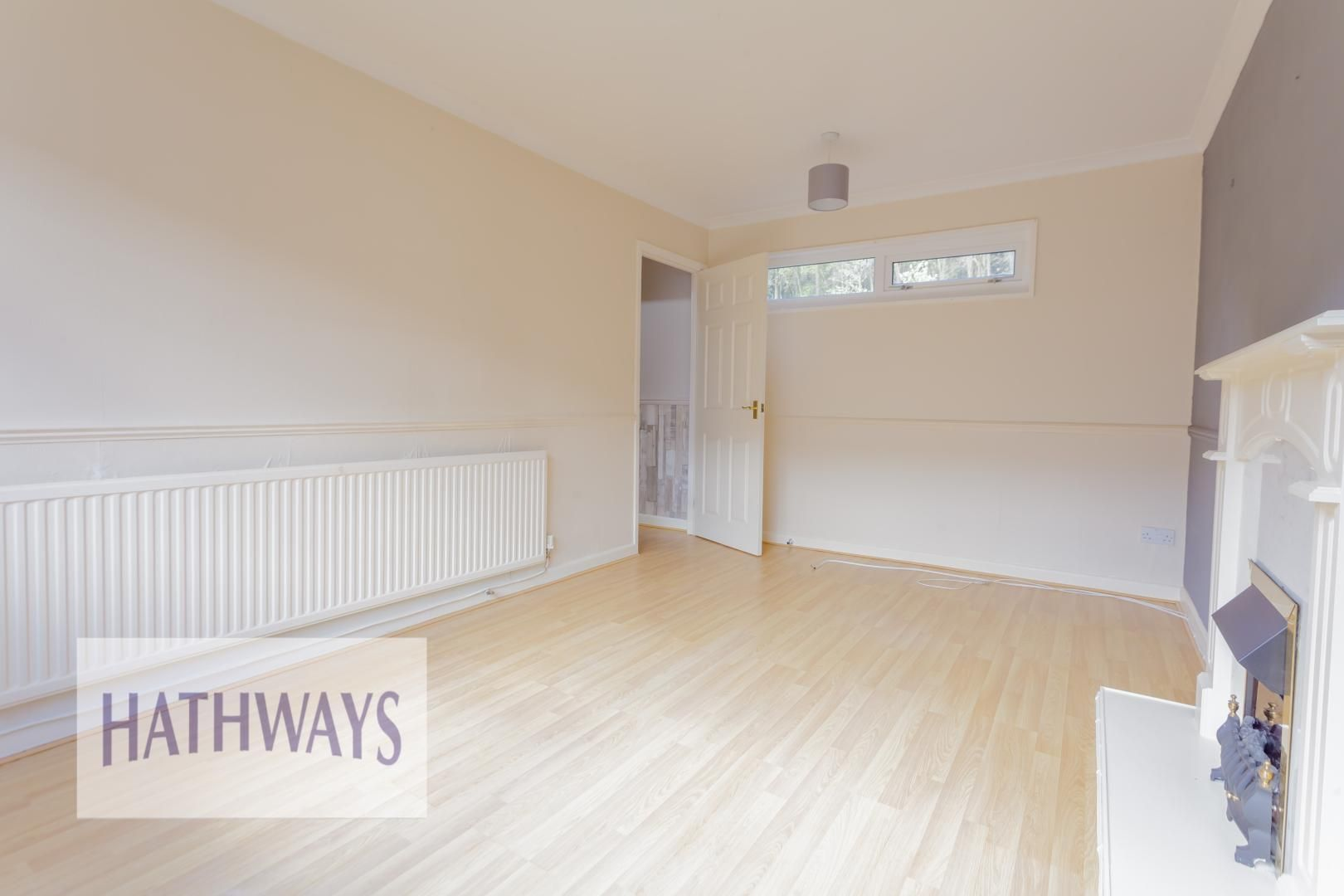 3 bed house for sale in Oaksford  - Property Image 6