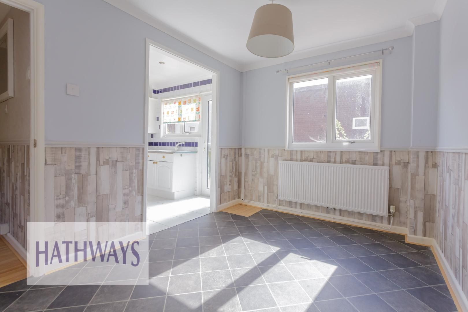 3 bed house for sale in Oaksford 8