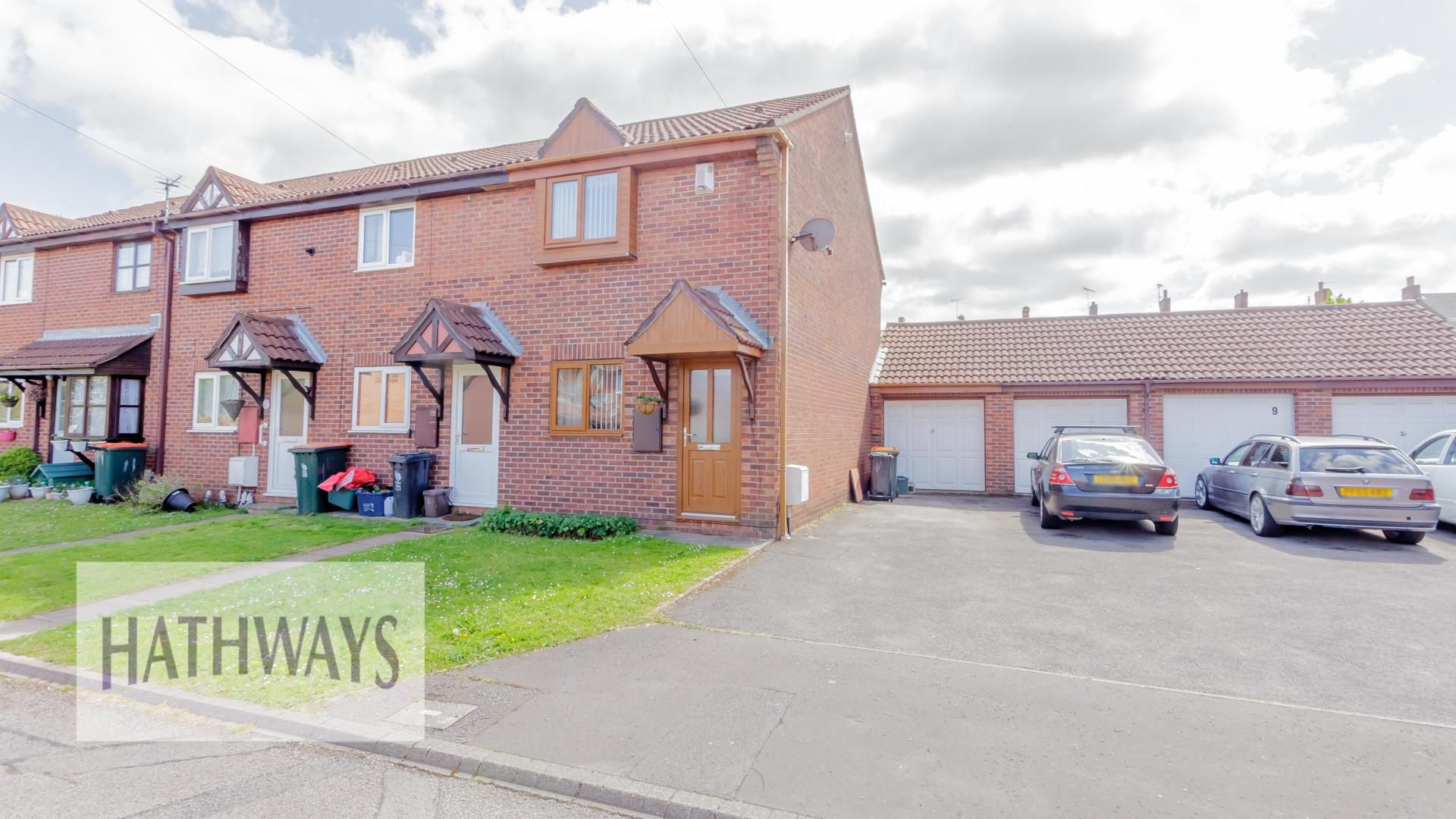 2 bed house for sale in Highbank, NP19