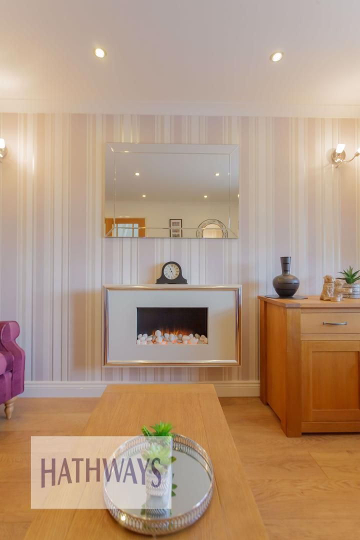 4 bed house for sale in Ashleigh Court 12