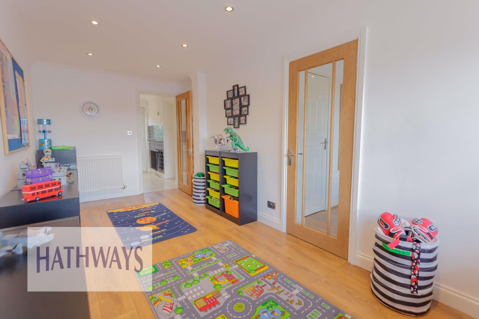 4 bed house for sale in Ashleigh Court 17