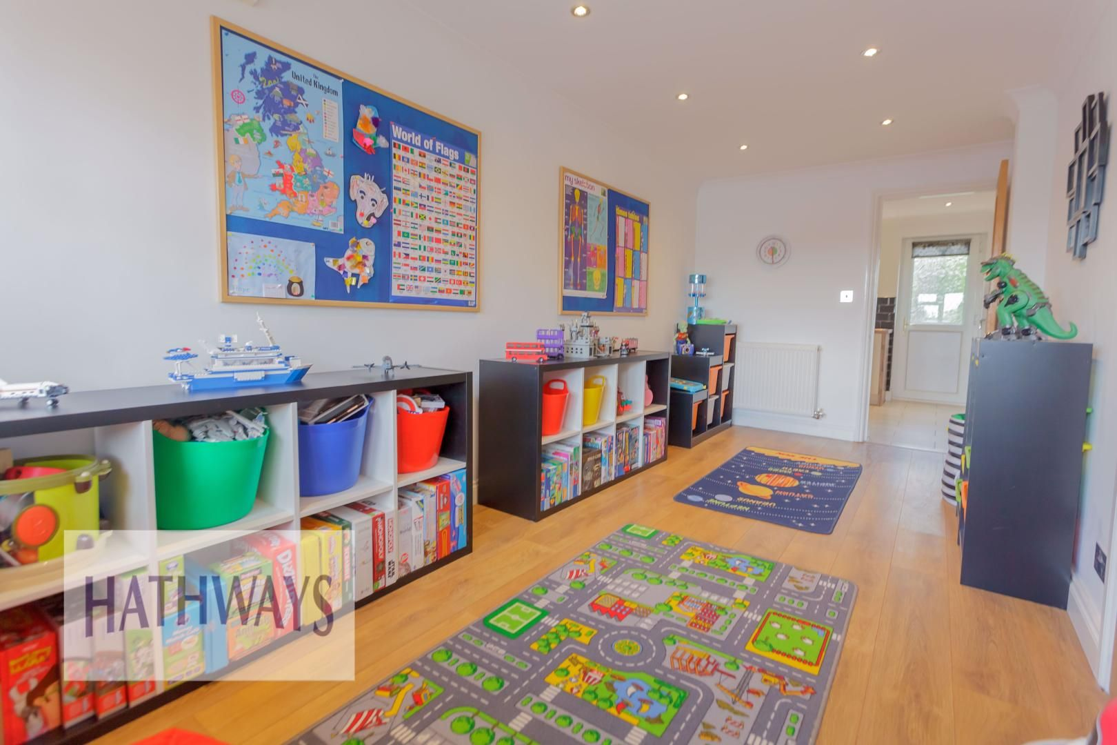 4 bed house for sale in Ashleigh Court 19