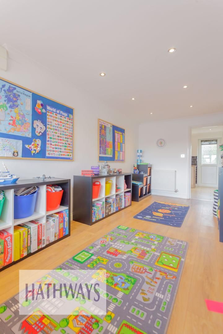 4 bed house for sale in Ashleigh Court 20
