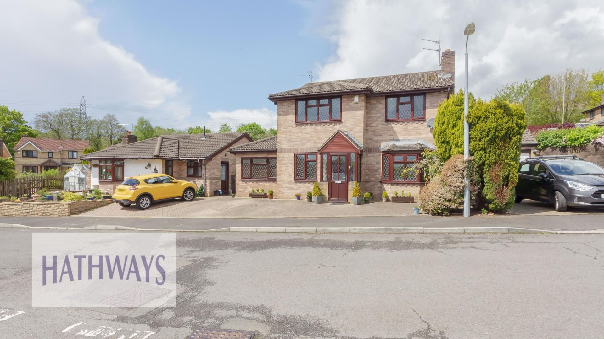 4 bed house for sale in Ashleigh Court 3