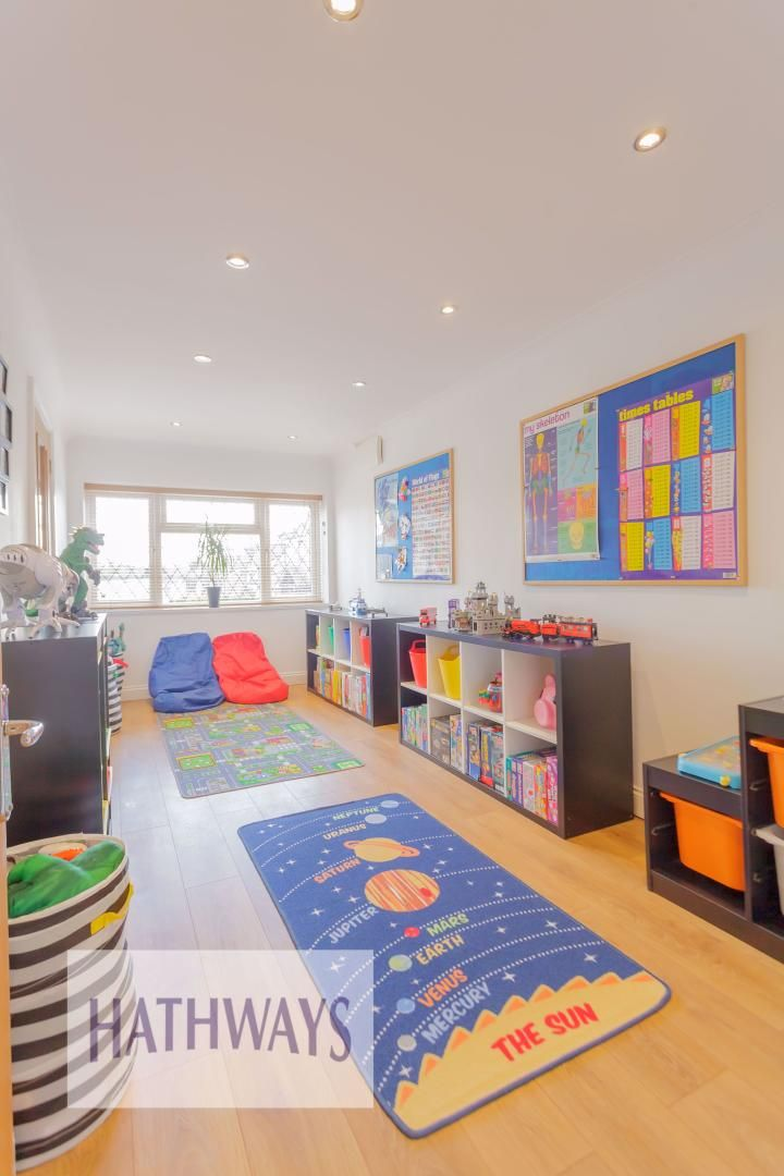 4 bed house for sale in Ashleigh Court 22