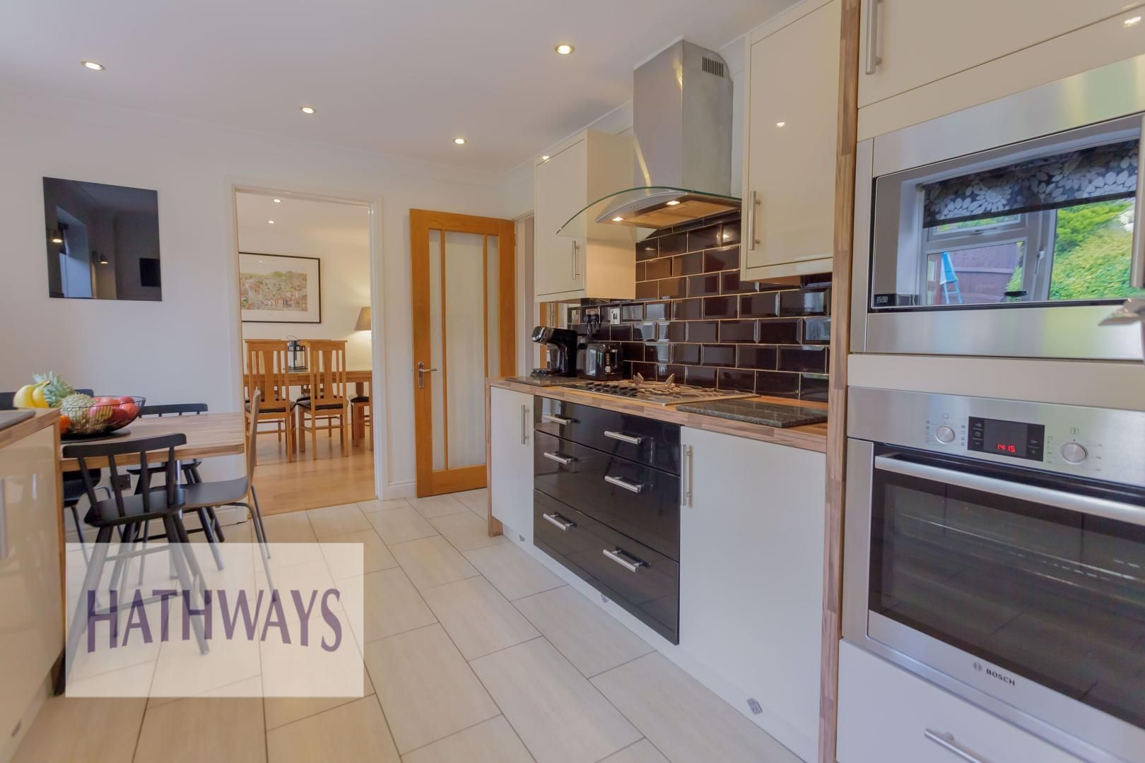 4 bed house for sale in Ashleigh Court 25