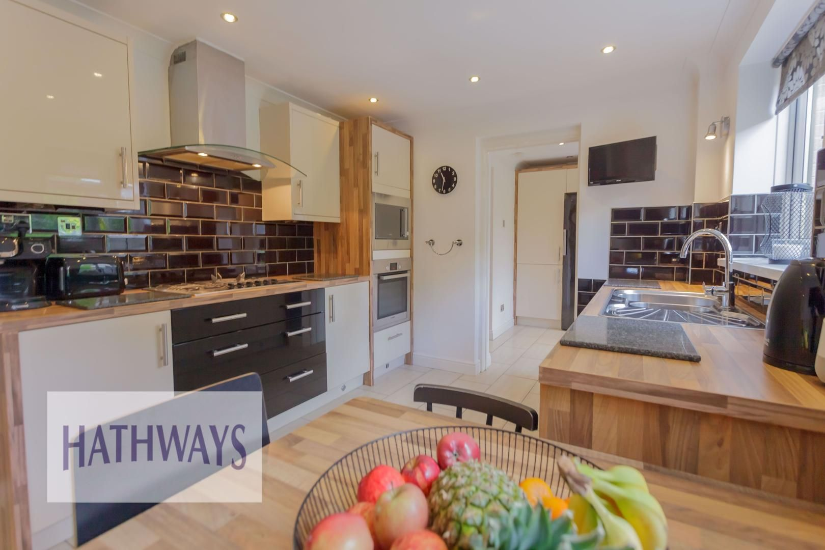 4 bed house for sale in Ashleigh Court 27