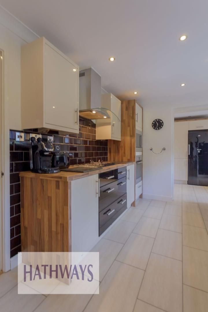 4 bed house for sale in Ashleigh Court 28