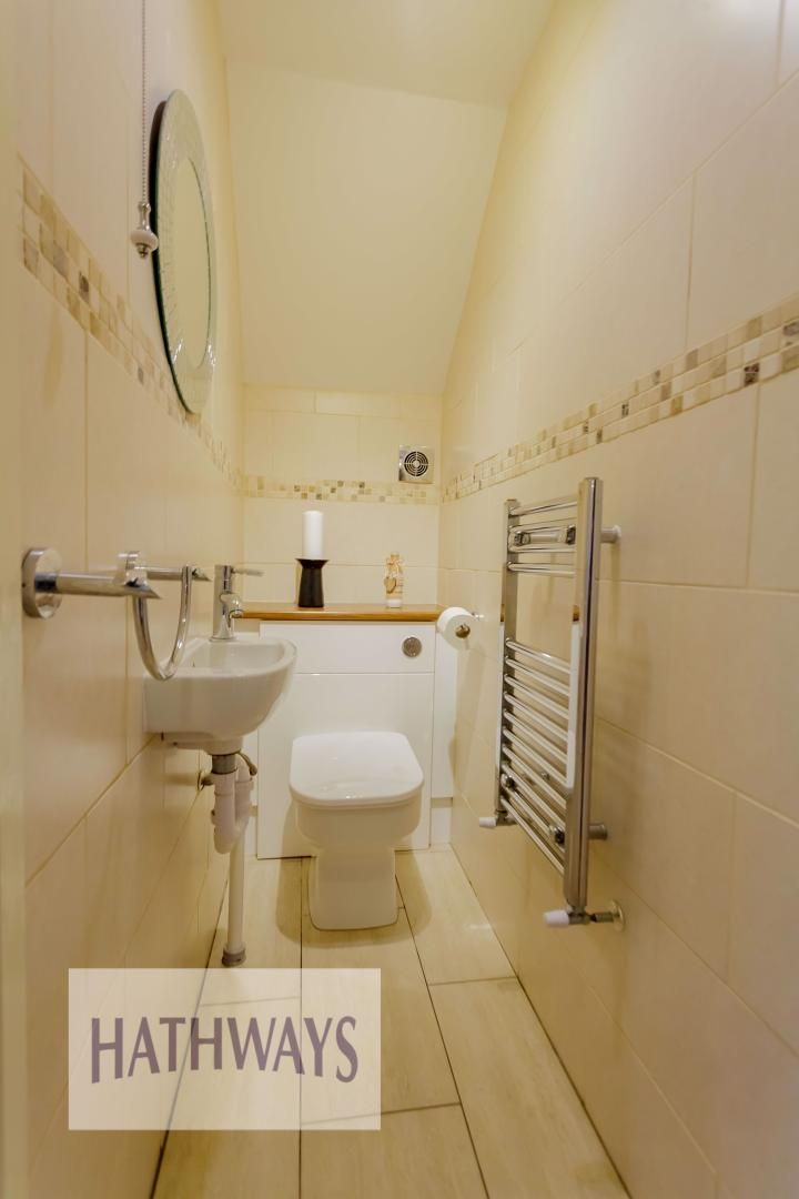 4 bed house for sale in Ashleigh Court 38
