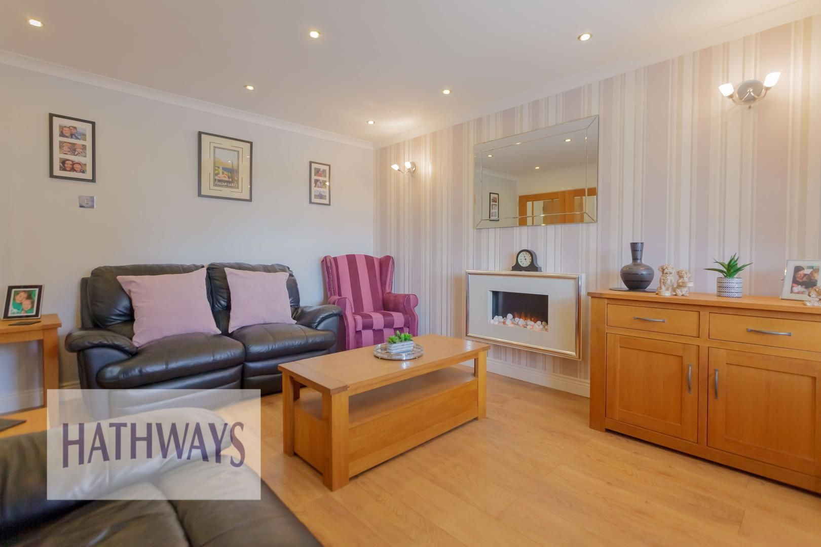 4 bed house for sale in Ashleigh Court 7
