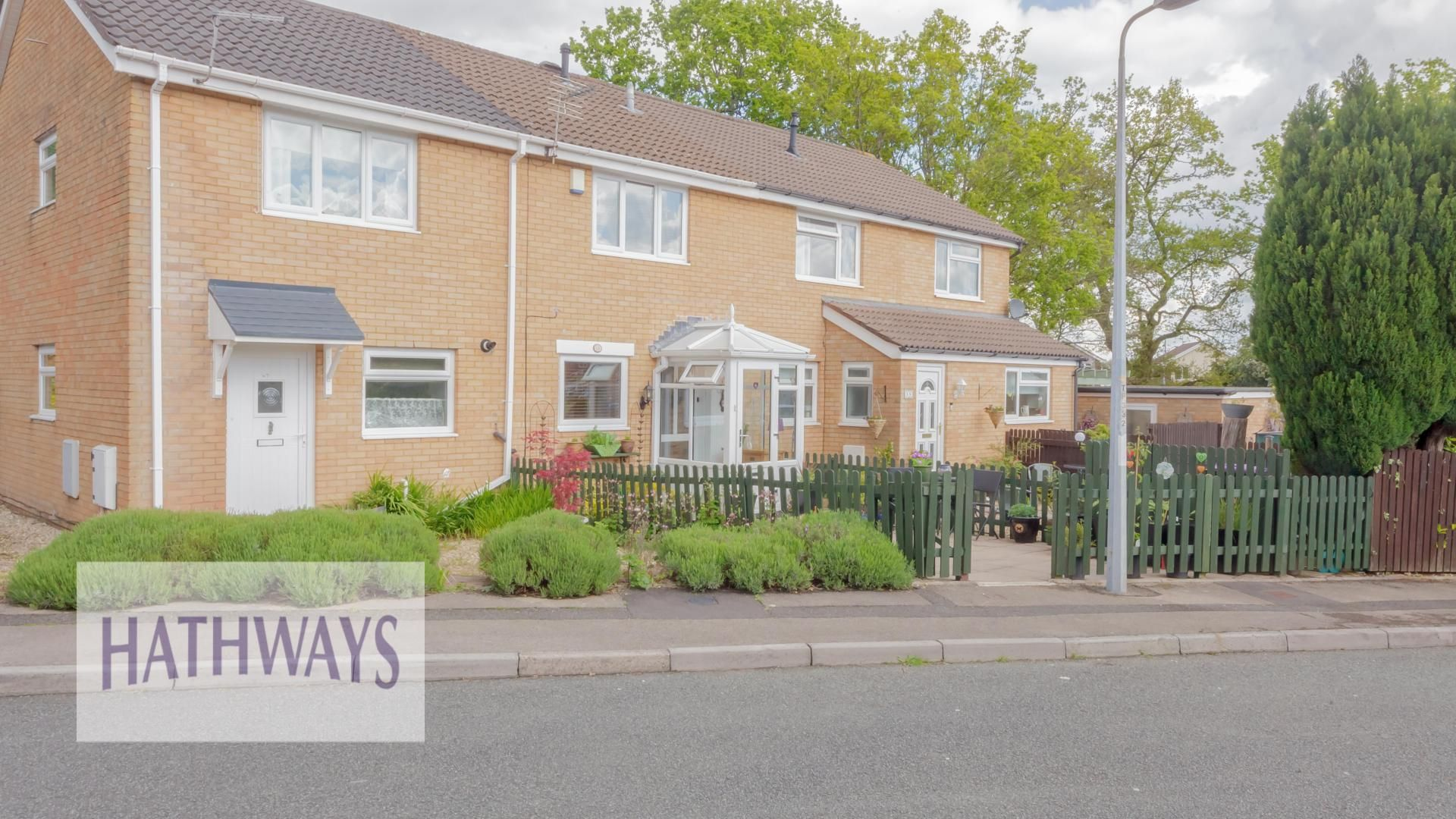 2 bed house for sale in Pentre Close, NP44